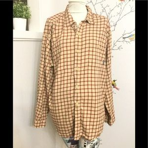 Men's Flannel Checkered Long Sleeve Button Down